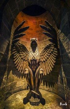 Statua di Grifone Harry Potter - PotterPedia.it