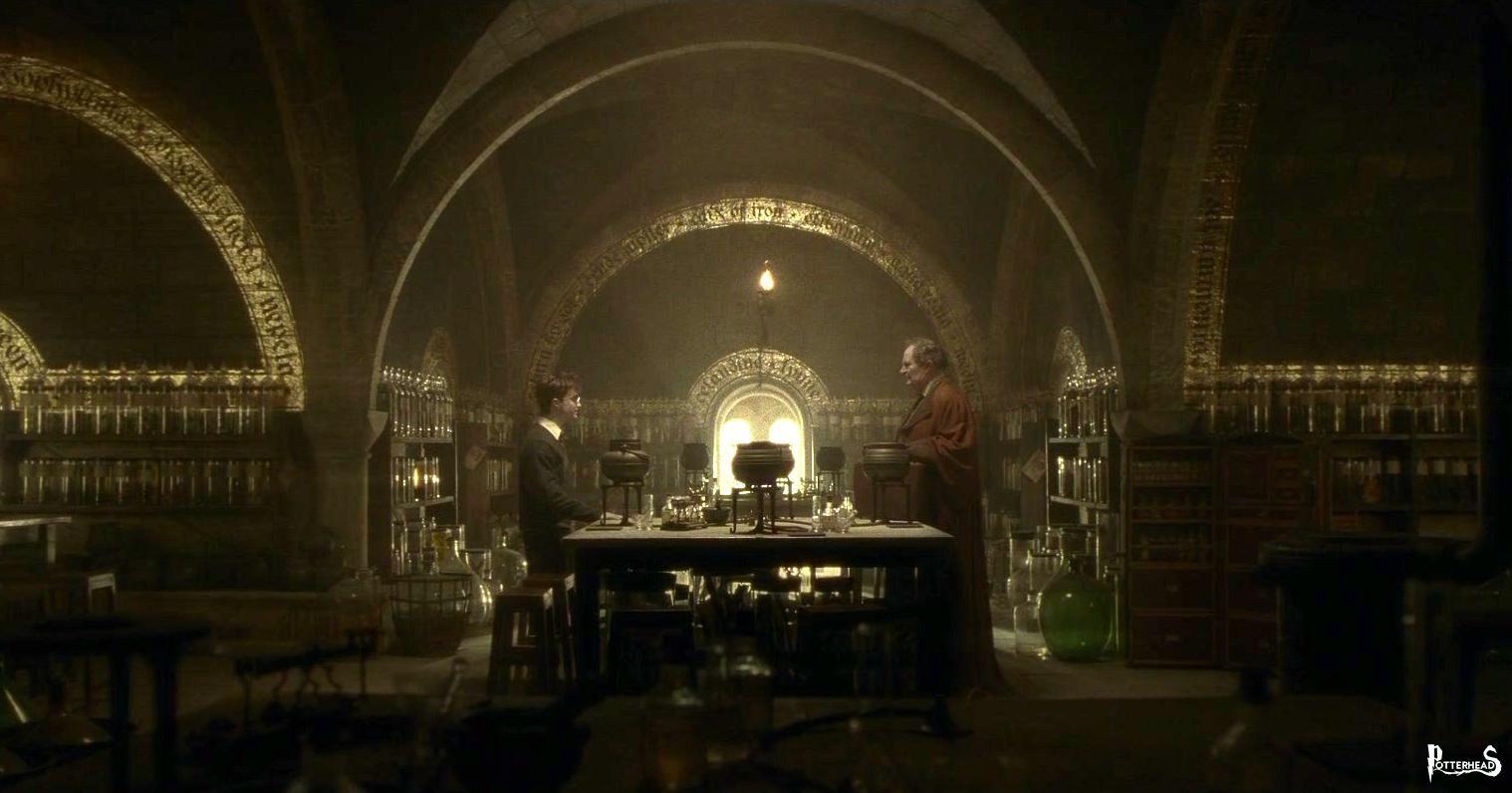 Aula di Pozioni Harry Potter - PotterPedia.it