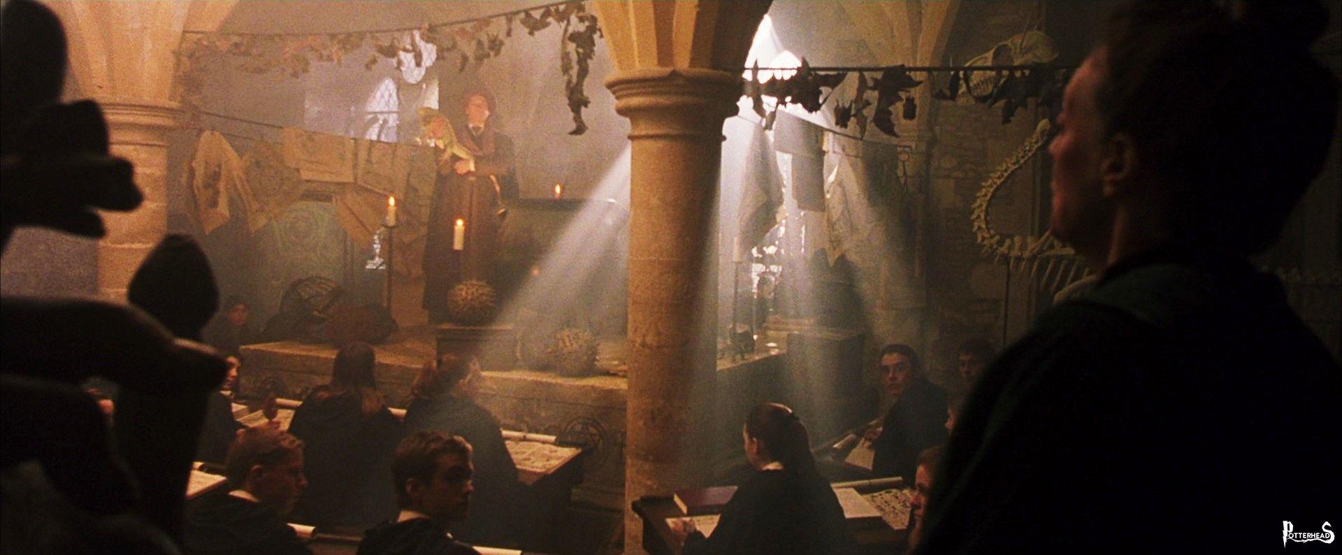 Classe temporanea di Difesa Contro le Arti Oscure Harry Potter - PotterPedia.it