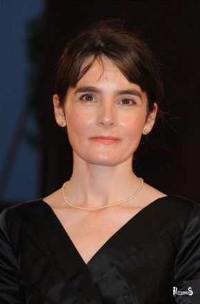 Shirley Henderson Harry Potter - PotterPedia.it