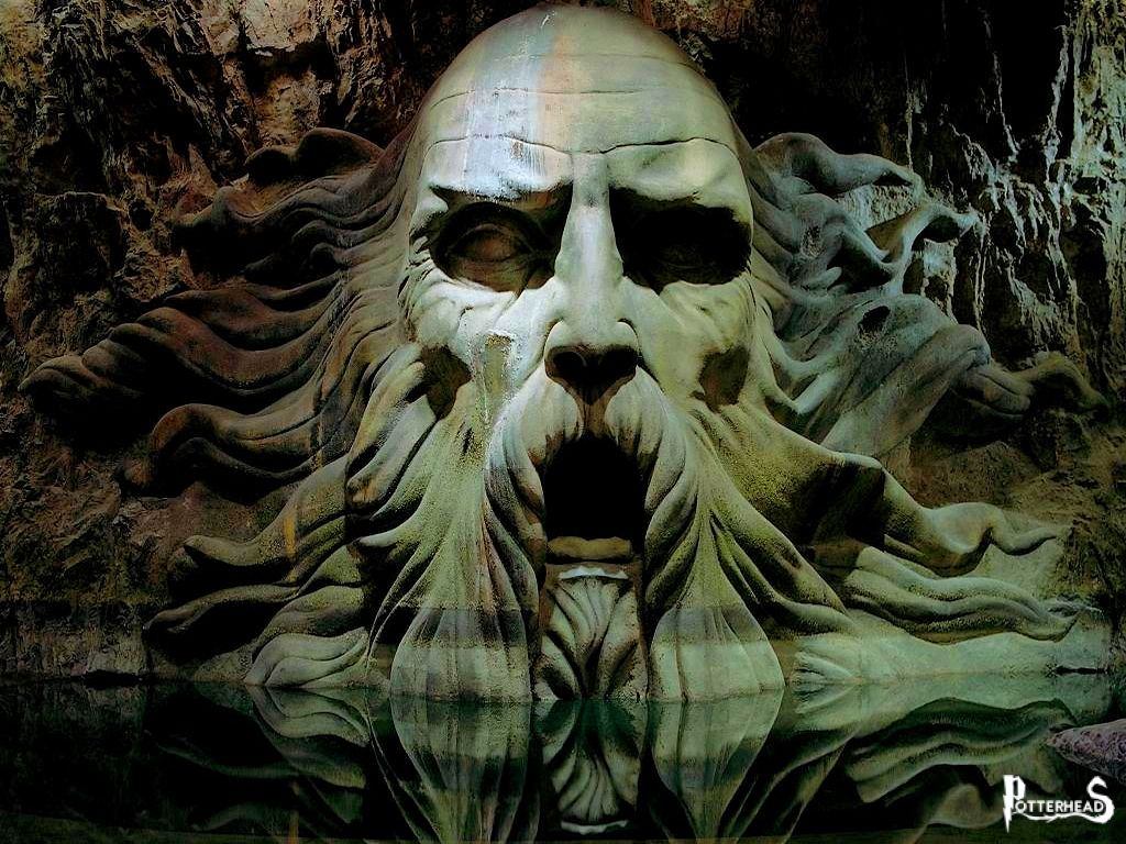 Statua di Salazar Serpeverde Harry Potter - PotterPedia.it