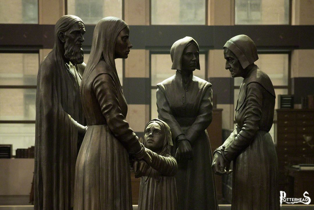 Statua in ricordo dei fatti di Salem Harry Potter - PotterPedia.it