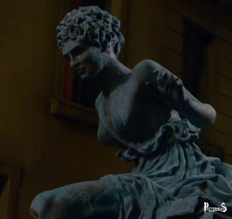 Statua non identificata (Parigi) Harry Potter - PotterPedia.it